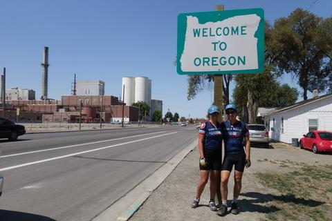Helen and I at the Oregon state sign
